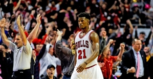 United Center crowd and JB react after his three-pointer to lead the Bulls to victory versus the Hawks.